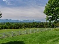 Shenandoah Valley Horse Farm : Elkton : Rockingham County : Virginia