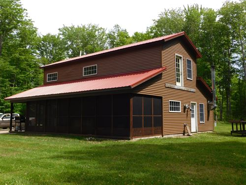 Cabin On 50 Acres In U.P. : Hulbert : Chippewa County : Michigan