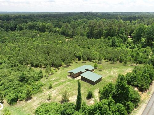 Recreational Turnkey Camp in Homoch : Gloster : Amite County : Mississippi