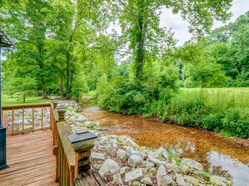 40 Ac With Custom Home : Nunnelly : Hickman County : Tennessee