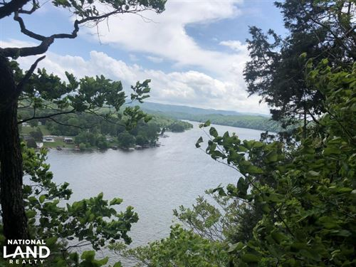 The Cliffs Claytor Lake : Dublin : Pulaski County : Virginia