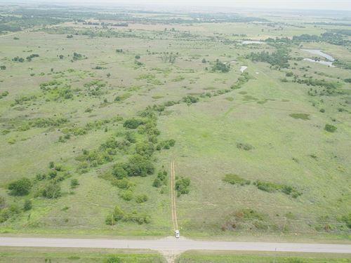 160 Acres Grass Pasture & Minerals : Byron : Alfalfa County : Oklahoma