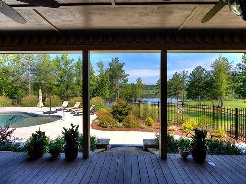 Lake, Wildlife, Home and 105 Acres : Cedartown : Polk County : Georgia