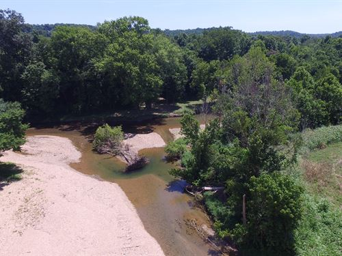 200 Acres On Turnbull Creek : Burns : Dickson County : Tennessee
