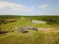 160 Acres With 3032 Sq. Ft. Ho : Mountain View : Stone County : Arkansas