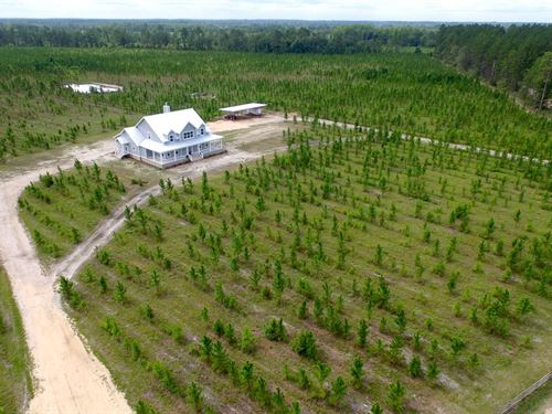 New Farmhouse With Acreage : Odum : Wayne County : Georgia