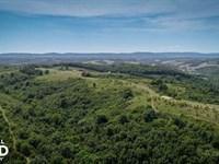 250 Acres Recreational Land Near th : Marshall : Searcy County : Arkansas