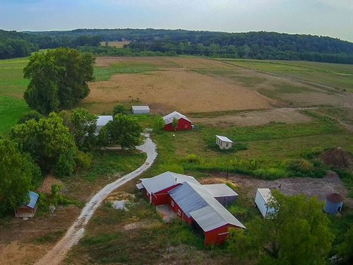34 Ac M/L With 5 Bedroom Home : California : Cooper County : Missouri