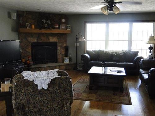 Ava Mo, Large Home With Land : Ava : Douglas County : Missouri