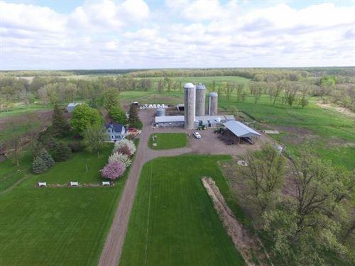 Mora MN Kanabec County MN Dairy : Mora : Kanabec County : Minnesota