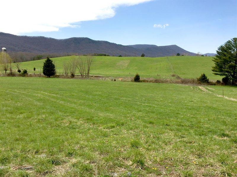 Beautiful Rolling Farm : Troutville : Botetourt County : Virginia