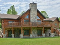 Extravagant Log Home, River Front : Glidden : Ashland County : Wisconsin