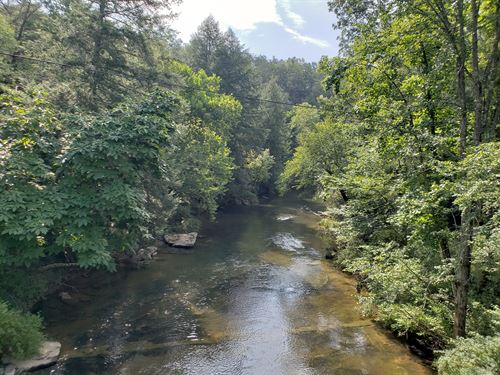 Deep Water On The Caney Fork River : Crossville : Cumberland County : Tennessee