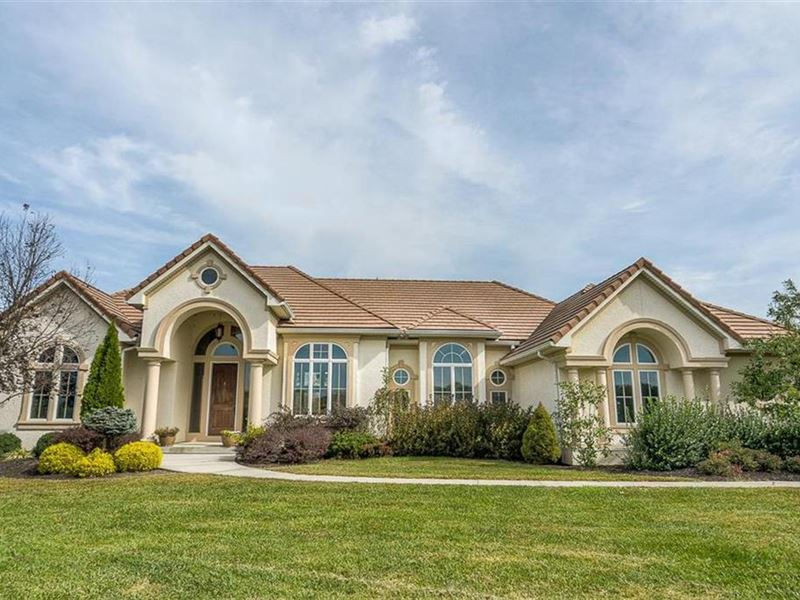 Home, Land Near Kc & Recreation : Smithville : Clay County : Missouri