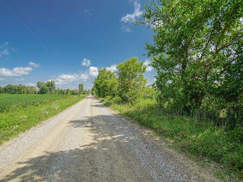 Larimore Rd - 6 Acres : Mt Vernon : Knox County : Ohio