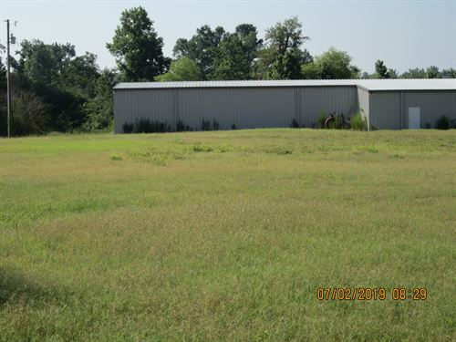 Farm Plus 7Ac Pond & Metal Building : Clinton : Sampson County : North Carolina