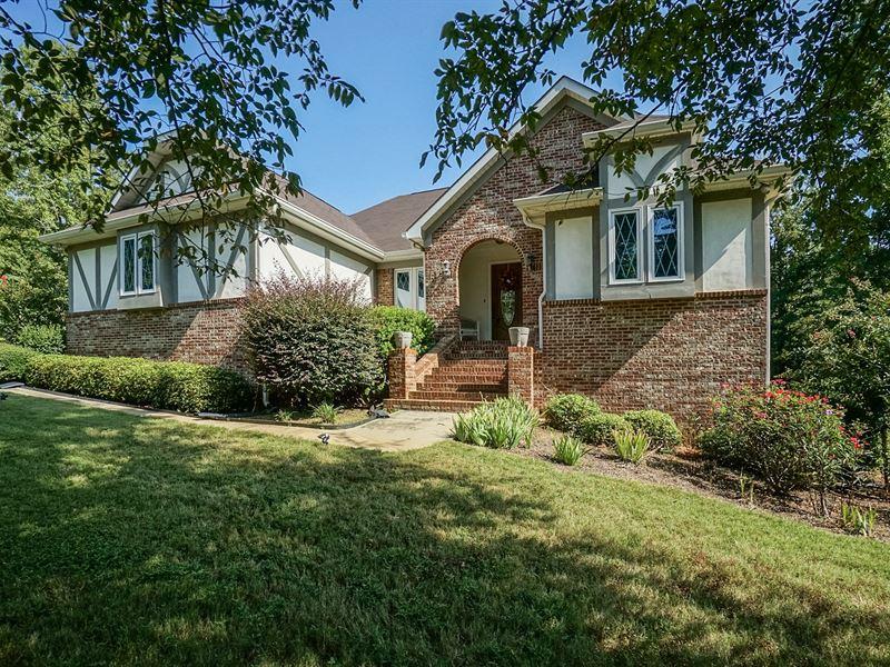 Pleasant Perfectly Maintained Home On 8 Ac Farm For Sale Forsyth Monroe County Georgia Interior Design Ideas Skatsoteloinfo
