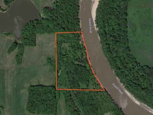 Prime Hunting Land Located in Carr : Bosworth : Carroll County : Missouri