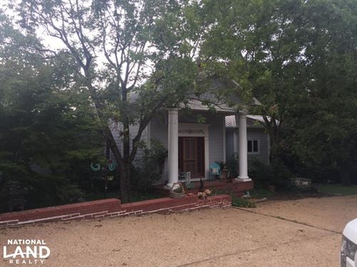 Beautiful Country Estate : Kosciusko : Attala County : Mississippi