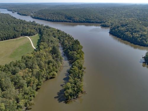 Exceptional Lake Frontage : Great Falls : Fairfield County : South Carolina