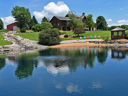 Amazing Log Home Retreat : Potosi : Grant County : Wisconsin