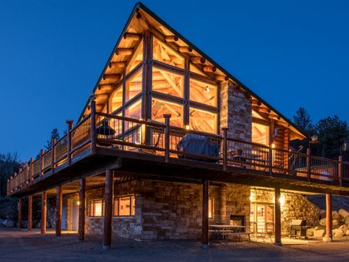8211725, Beautiful Custom Log Home : Villa Grove : Saguache County : Colorado