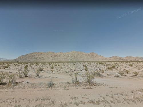 San Bernardino County, Ca $300,000 : Lucerne Valley : San Bernardino County : California