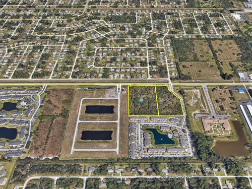Multifamily, 15 Units Per Acre On : Palm Bay : Brevard County : Florida