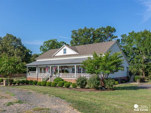 Low Country Style Home 5 Acres Mena : Mena : Polk County : Arkansas