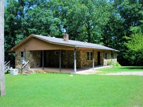 Field Stone Home, Mountain View : Mountain View : Stone County : Arkansas