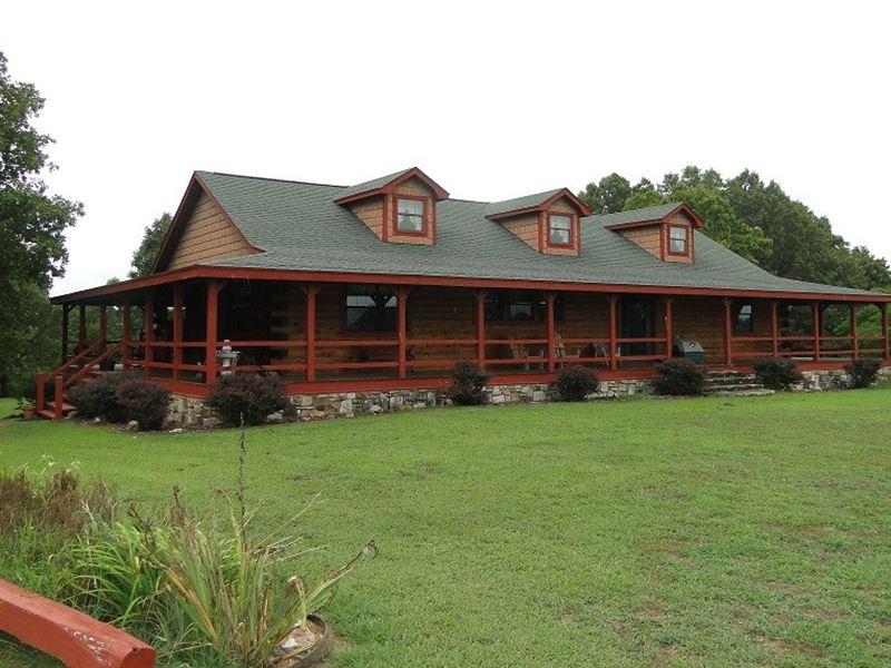 Large Arkansas Cattle Hunting Ranch : Sage : Izard County : Arkansas