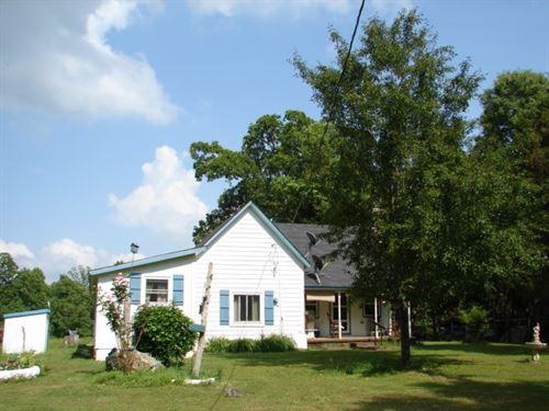 Farm Ozarks, Mtn, Home, Arkansas : Salem : Fulton County : Arkansas
