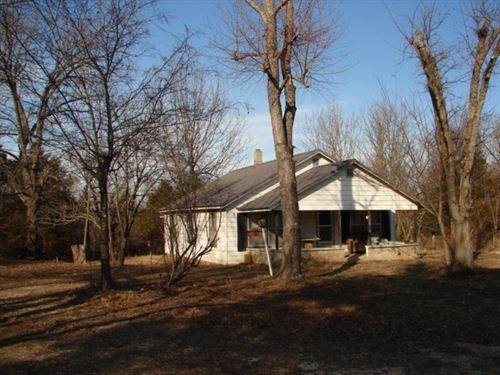 Highway Frontage Land Older Home : Viola : Fulton County : Arkansas