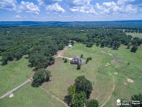 Equine Ranch Beautiful Home Scott : Waldron : Scott County : Arkansas