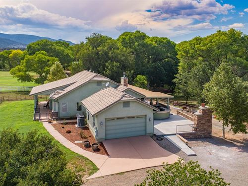 Riverfront Ranch / Equine Property : Camp Verde : Yavapai County : Arizona