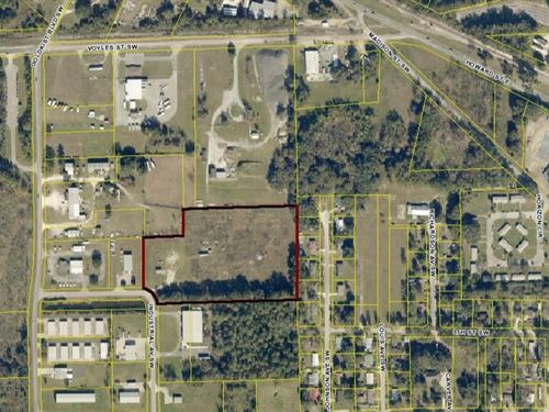 Industrial Lot in Live Oak, FL : Live Oak : Suwannee County : Florida