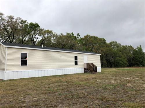 Cute & Cozy Home Land, Trenton : Trenton : Gilchrist County : Florida