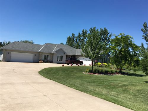 One Level Living Close to Milaca MN : Foreston : Mille Lacs County : Minnesota