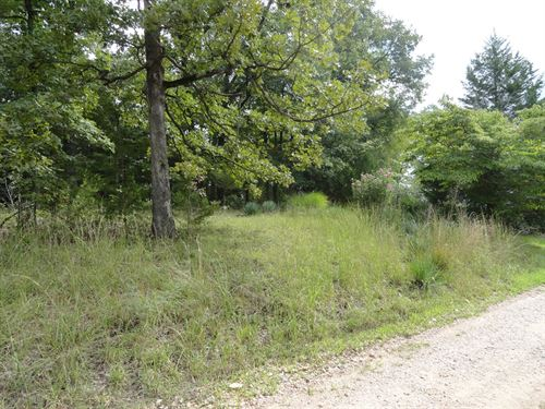 9.60 Acres Located at Lake Ozarks : Camdenton : Camden County : Missouri