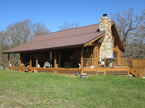 Log Cabin Woods Northwest Missouri : Bethany : Harrison County : Missouri