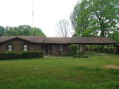 Beautiful Country Home Acreage : Doniphan : Ripley County : Missouri