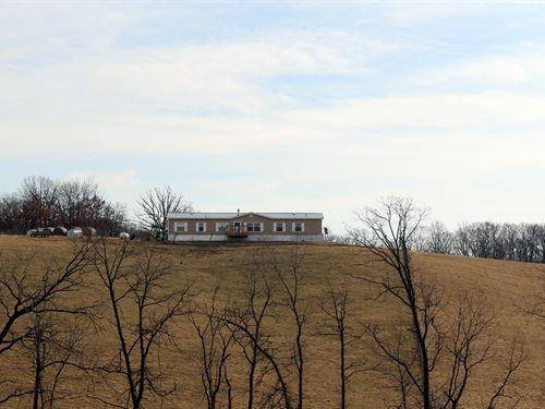 Home & Rural Acreage Northeast : Ethel : Macon County : Missouri