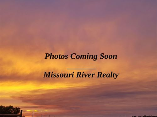 Land, Pasture Farm Central Missouri : Fayette : Howard County : Missouri