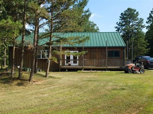 Licking, Missouri Home 205 Acres : Raymondville : Texas County : Missouri