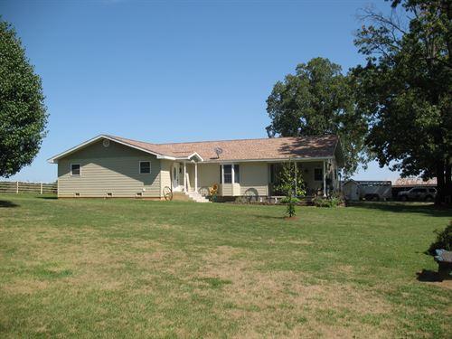 Missouri Ozarks, Livestock, Dairy : Vanzant : Douglas County : Missouri