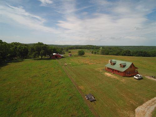 85 Acre Farm Douglas County, Cedar : Willow Springs : Douglas County : Missouri