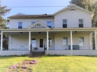 Beautiful Old Style Home 4 Beds & 3 : Parish : Oswego County : New York