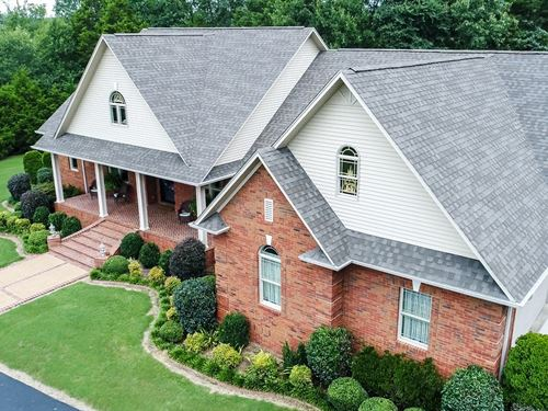 Elegant Country Home, Shop 16Ac : Adamsville : Hardin County : Tennessee