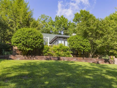 Leipers Fork Cottage For Sale : Franklin : Williamson County : Tennessee