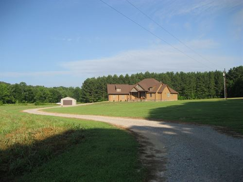 Large Country Home In Tn With Shop : Morris Chapel : Hardin County : Tennessee